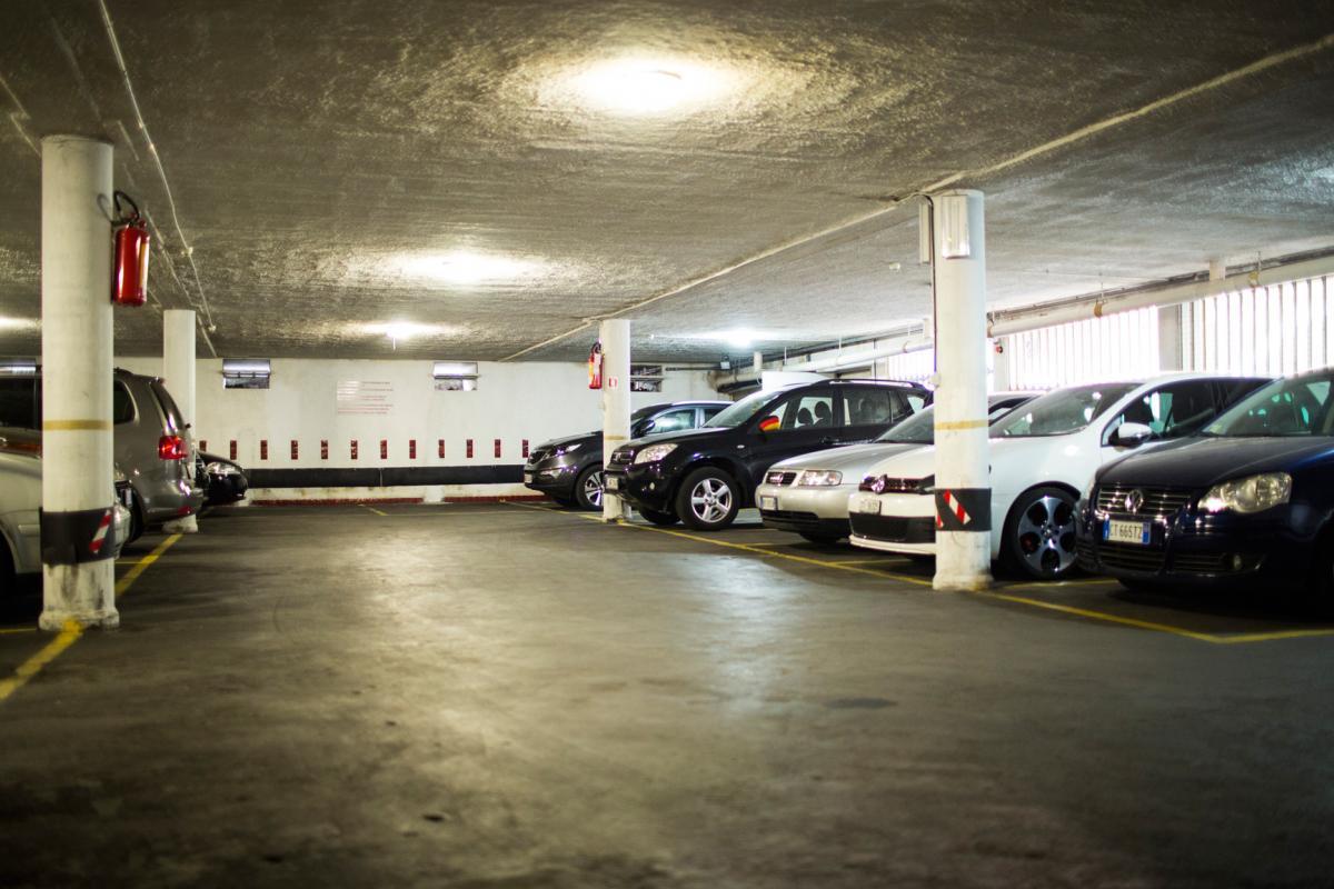 Salerno parcheggi sotterranei al lungomare - Garage sotterraneo ...