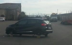 auto priva di ruote