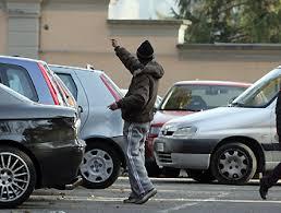 parcheggiatori-radiobussola24