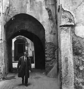 Vincenzo Avagliano foto B&N anni '60 scattate a Salerno centro storico.