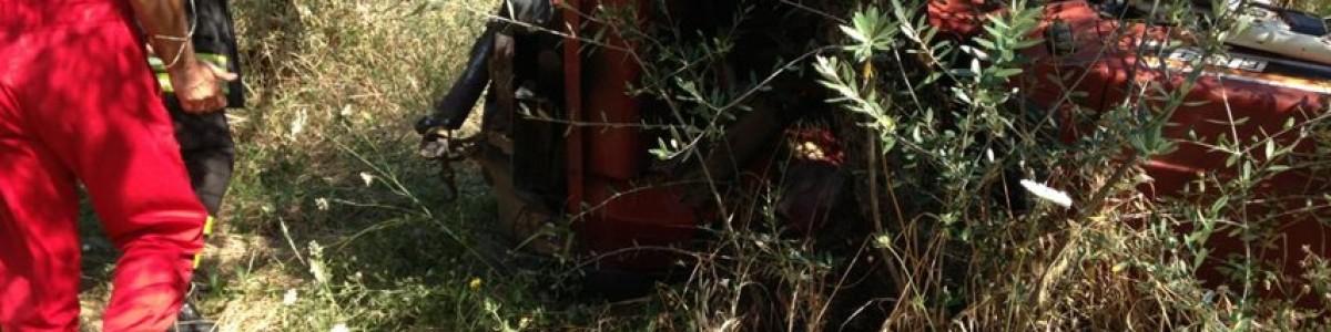 Sanza: drammatico incidente durante i lavori di manutenzione di un trattore, 25enne in gravi condizioni