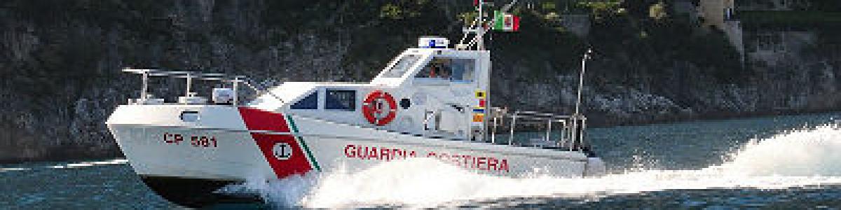 Positano, motore di un' imbarcazione in avaria durante gita in mare
