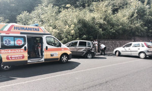 Incidente_auto_ capaccio radio bussola