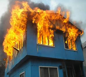 casa incendio radio bussola