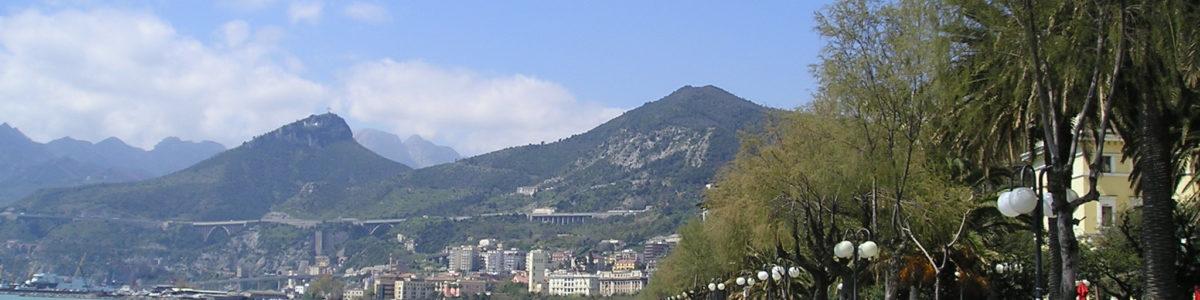 Salerno, spaccio sul Lungomare: 17 arresti