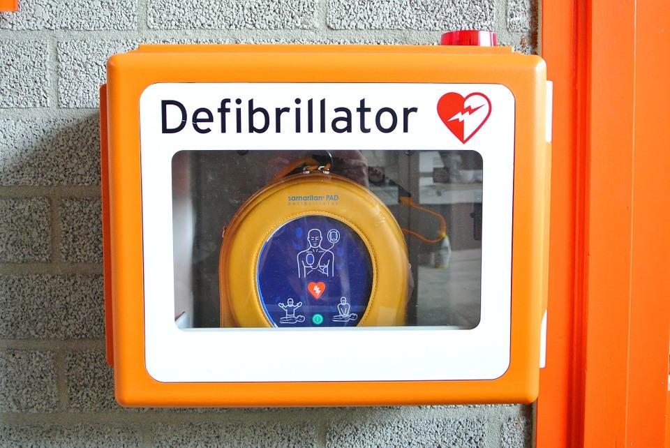 defibrillatore radiobussola