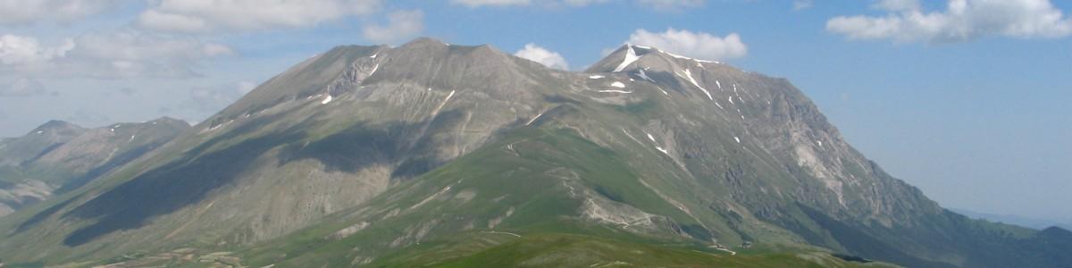 Cadavere ritrovato tra i monti Alburni: indagini in corso
