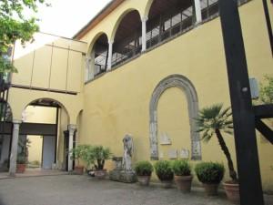 Museo-provinciale-salerno-cortile (684 x 513)