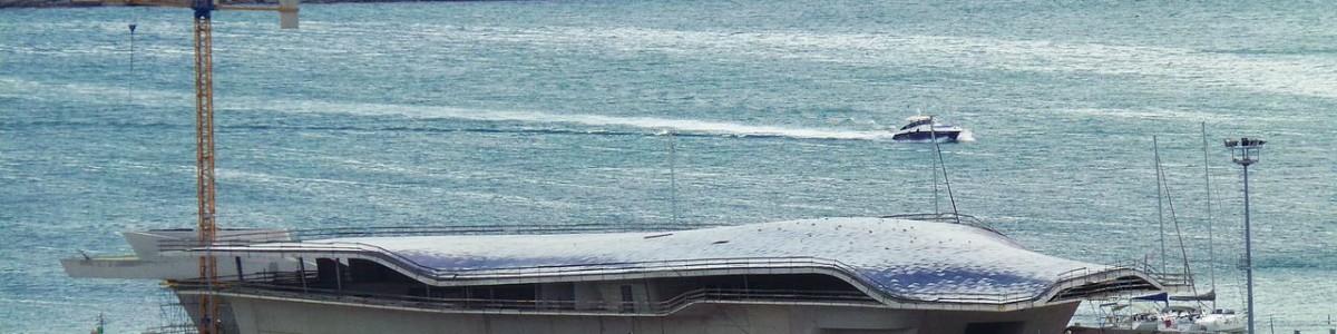 Un viaggio per pochi: il Sea Cloud II attracca a Salerno