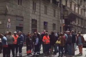 lavoratori consorzio protesta