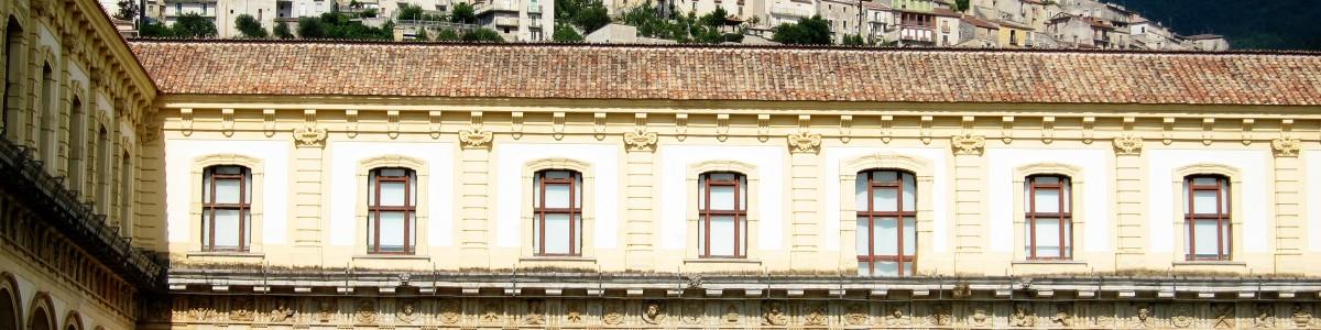 Restyling truffa alla Certosa di Padula, indagate tre persone