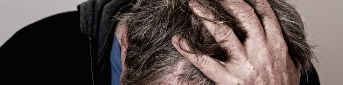 Fallito il ricorso, minaccia di darsi fuoco: salvato 56enne di Olevano