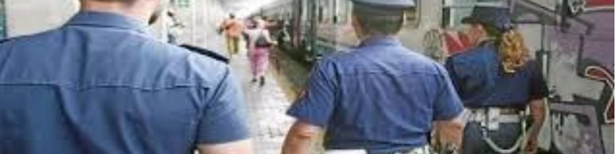 Senza biglietto aggredisce capotreno e poliziotto, arrestato