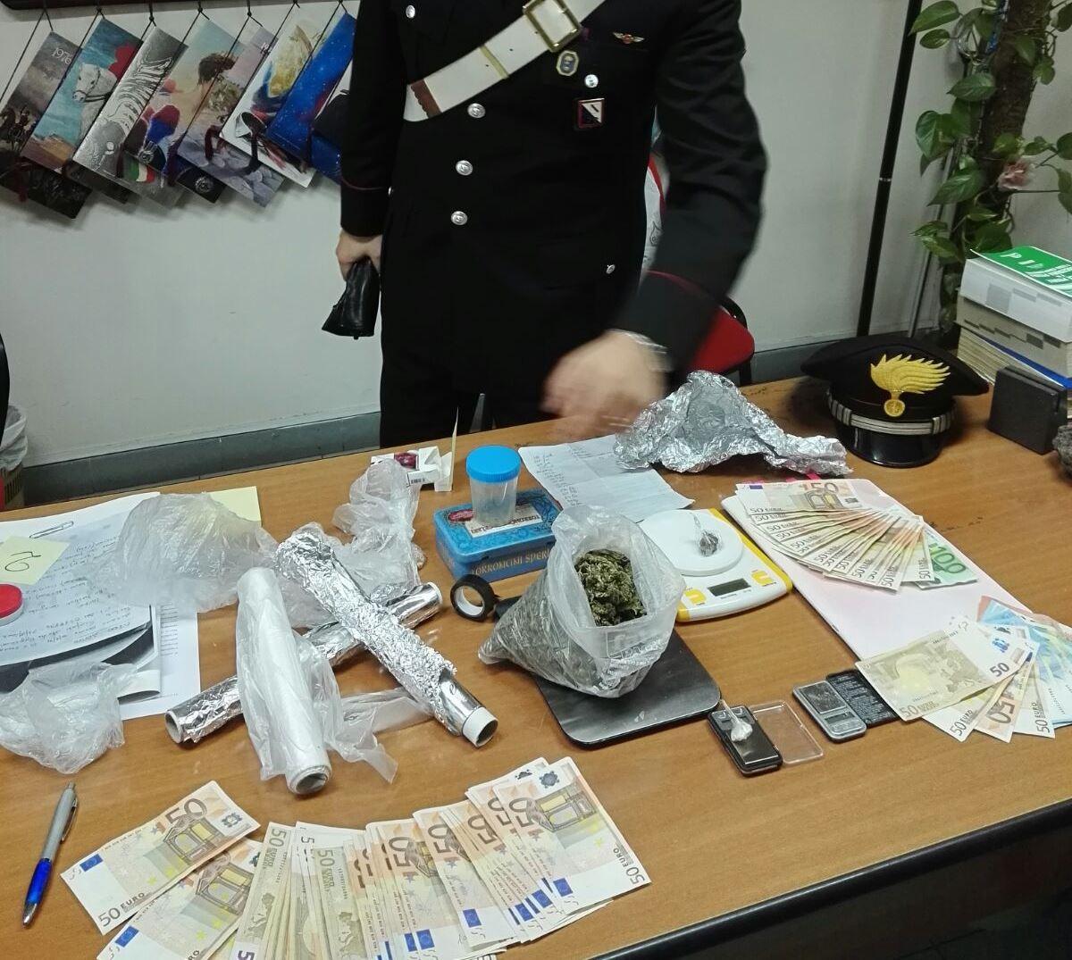 droga soldi scafati carabinieri