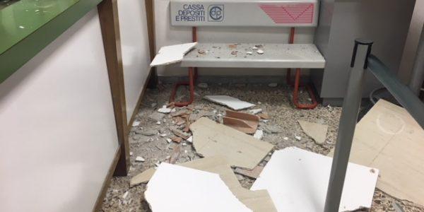 """Cava de' Tirreni, ristrutturazione della """"Passiano"""" con il Pon. Ad aprile stazione mobile delle Poste dopo la caduta dell'intonaco"""